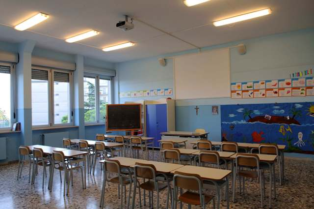 Un'aula della scuola Primaria tutte le aule sono dotate di PC, videoproiettore e collegamento in rete